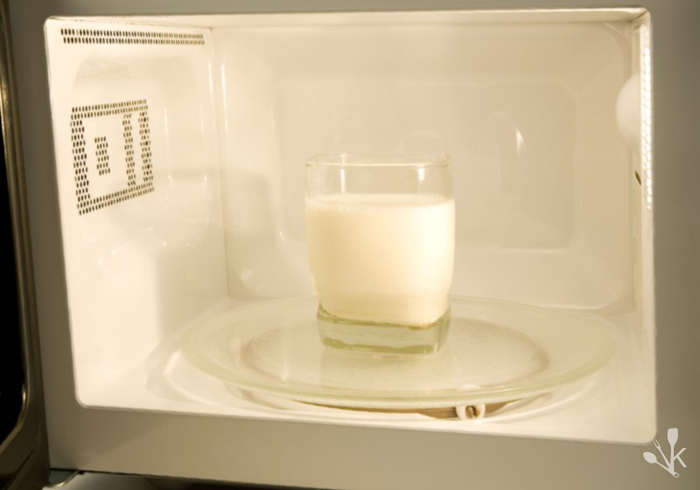 How to Know if Glass is Microwave-Safe