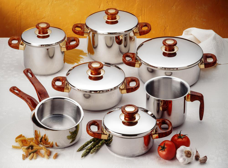 how to clean All Clad cookware