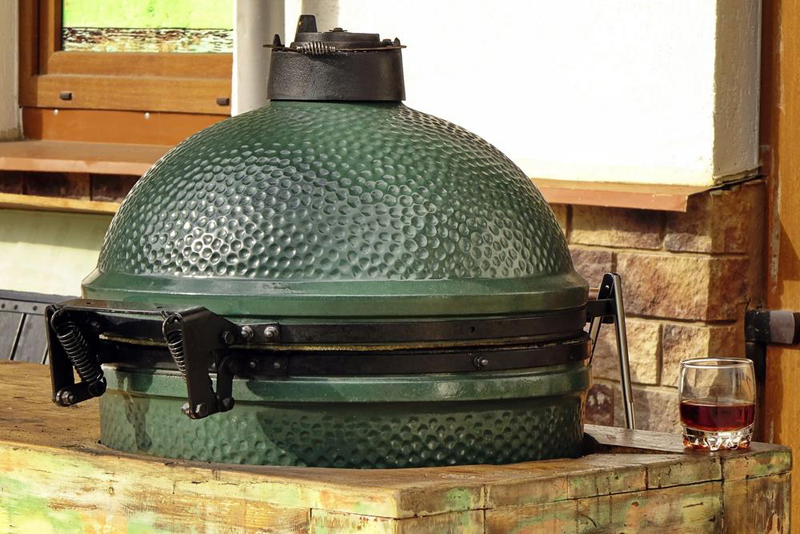 A Big Green Egg
